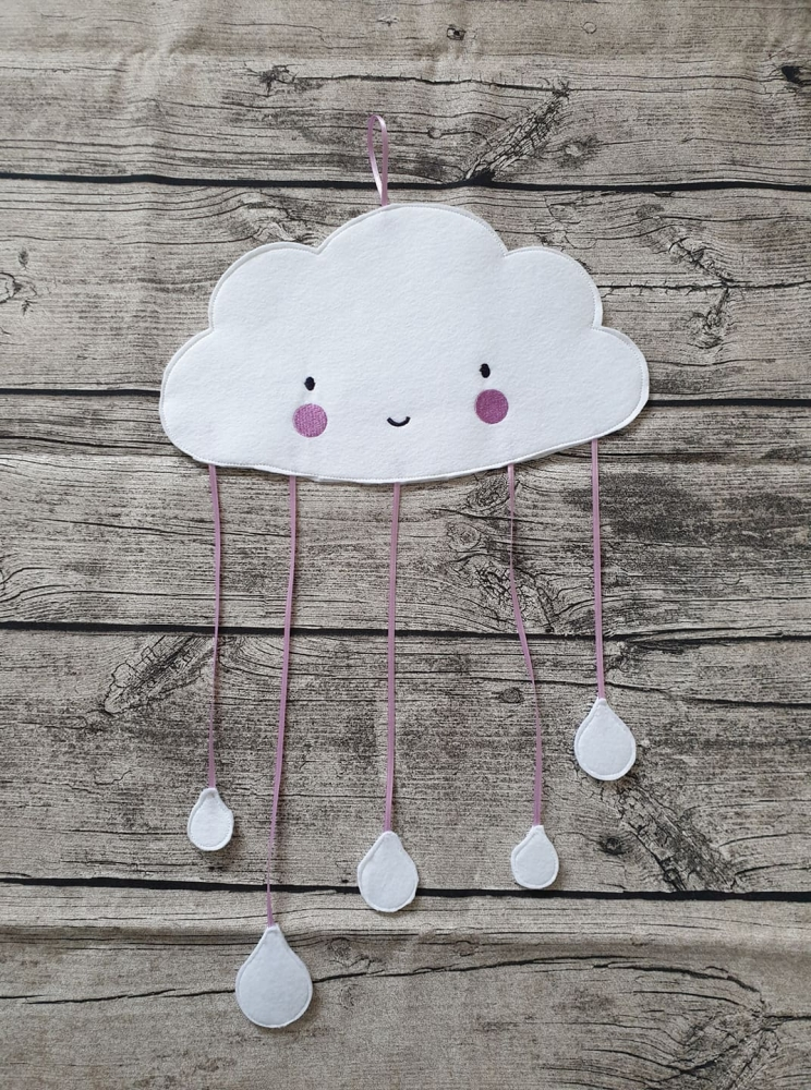 Wolken-Mobile ITH 15x24 cm